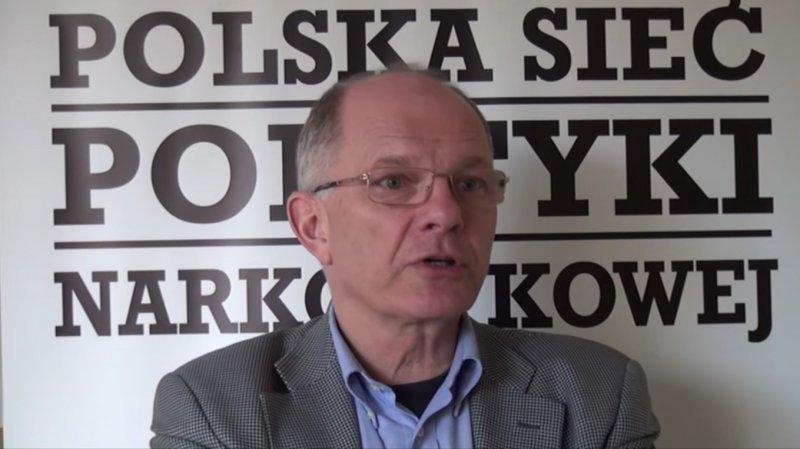 Akademia Mieszkańców w Mogilanach - narkotyki i ogrody