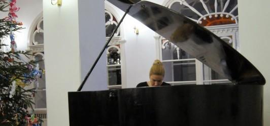 Chopin i sztuka współczesna w Mogilanach