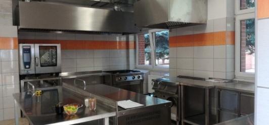 Kuchnia gminna mogłaby służyć osobom na kwarantannie oraz seniorom