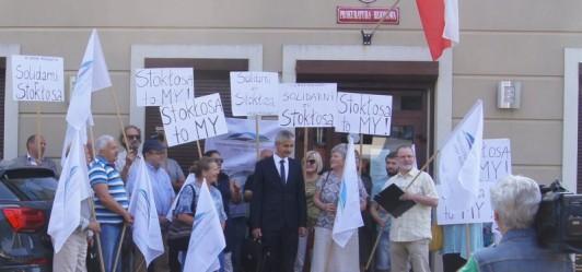 Manifestacja pod Prokuraturą w Wieliczce