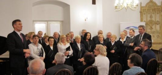 Wspólne śpiewanie kolęd w Mogilanach