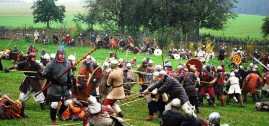 Walka i uzbrojenie w ruchu rekonstrukcji wczesnośredniowiecznej – Akademia Mieszkańców zaprasza